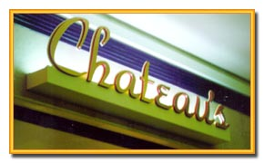 Chateau's Sign
